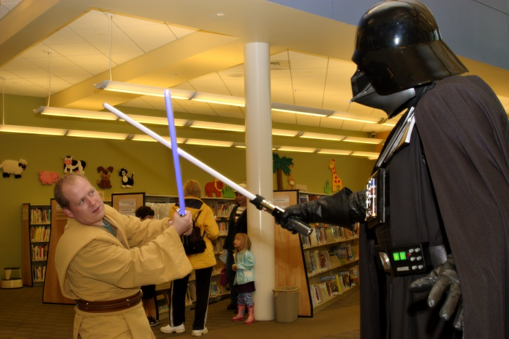 DSC_1749.jpg - This Jedi puts up a valiant fight
