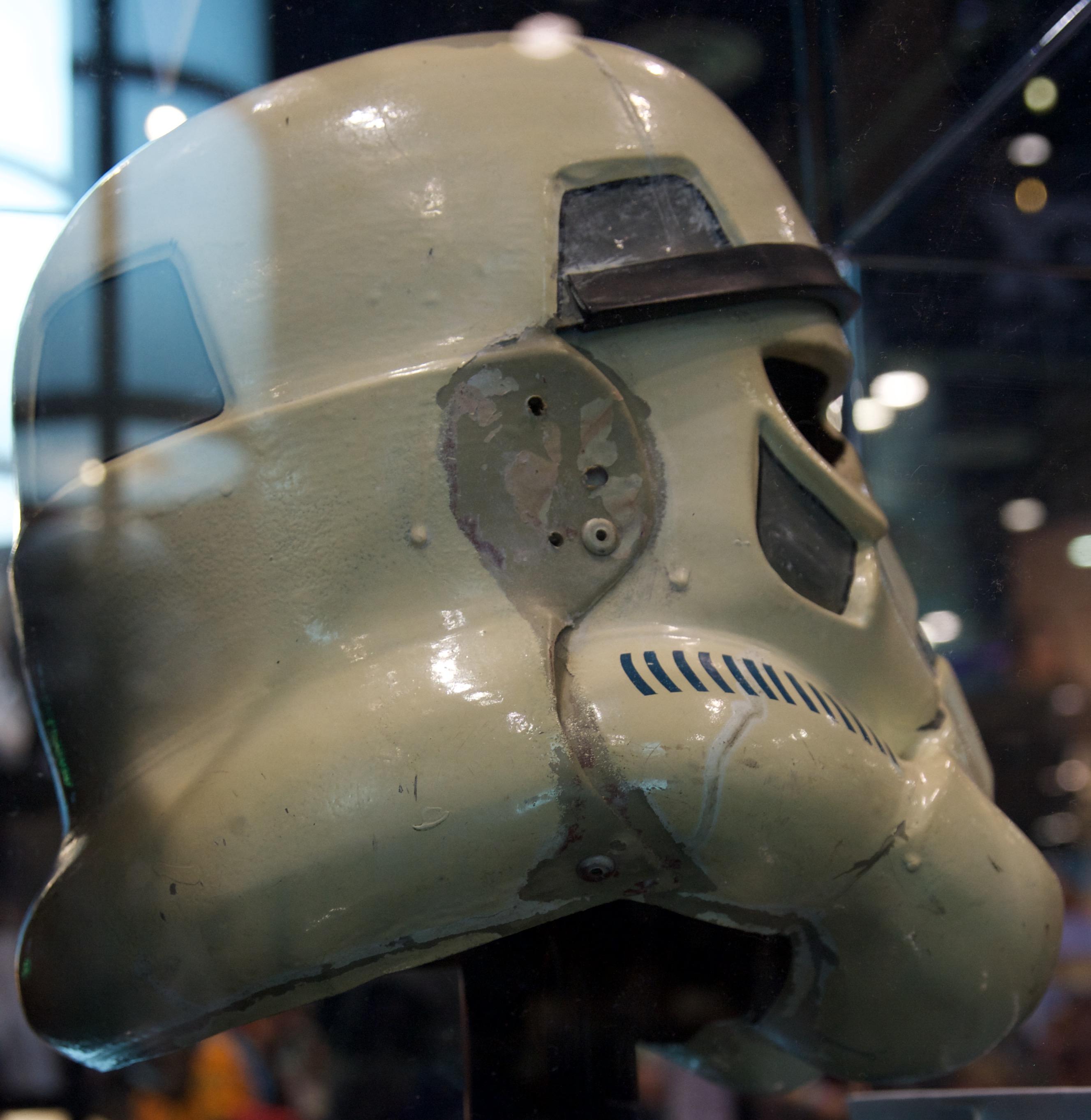 stop_that_ship_helmet_06.jpg