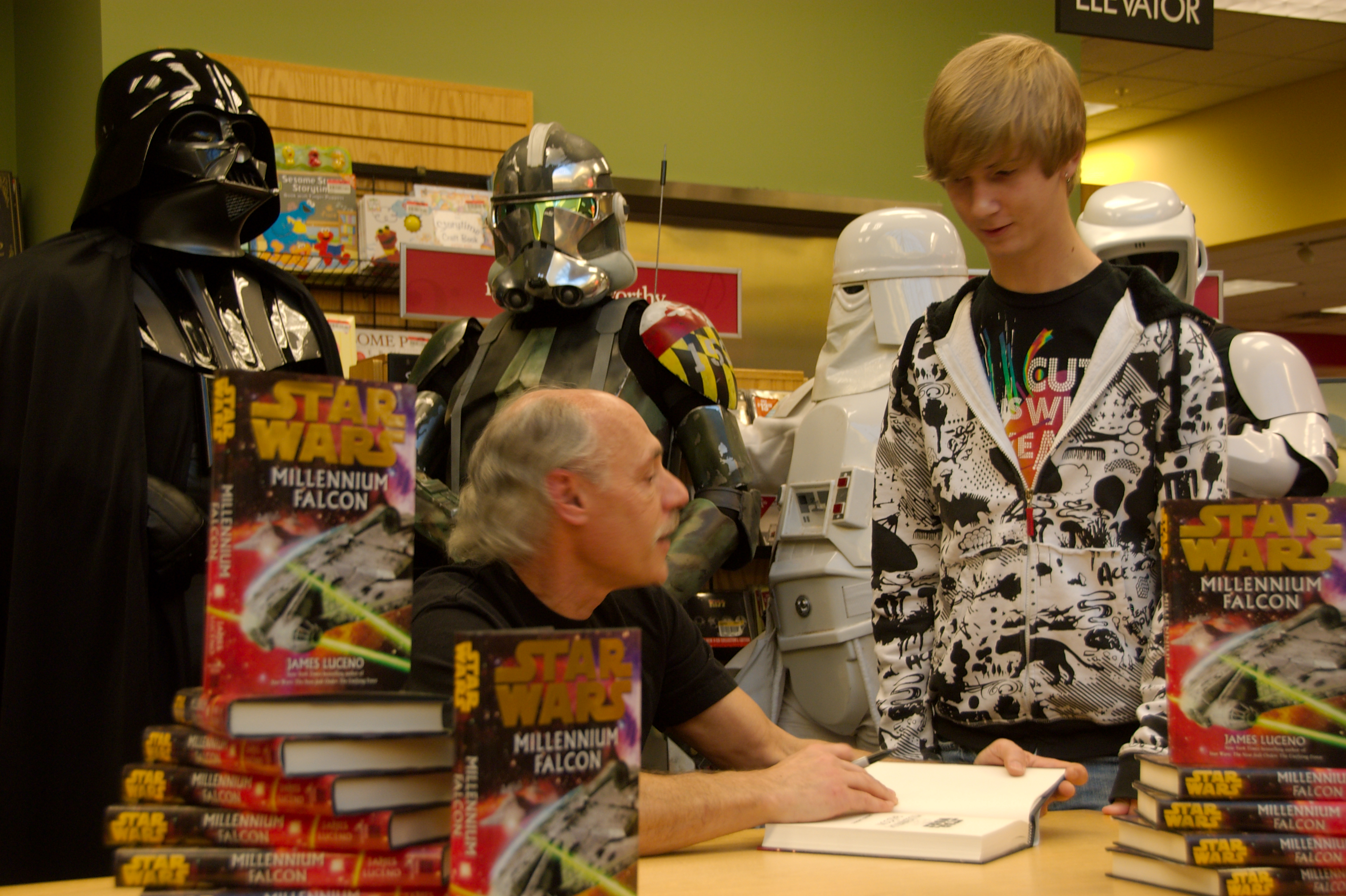 DSC_6567.jpg - Commander Gree impatiently awaits his turn for a signed copy of the Millenium Falcon book
